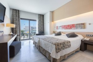 HIPOTELS GRAN CONIL-Juniorsuite_1