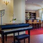 Seehotel Grossraeschen Lobby